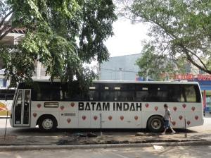 Batam bus
