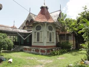 Boissiere House - superbly gingerbread-like