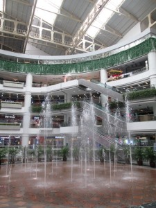 The world's tallest musical fountains found in Guanzhous's Grandview Mall