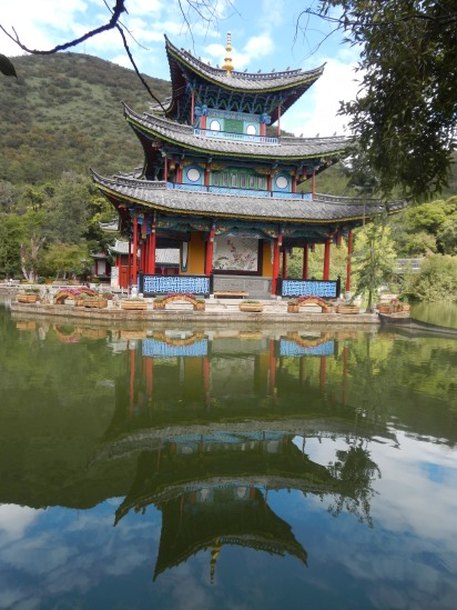 Reflecting temple in Lijiang